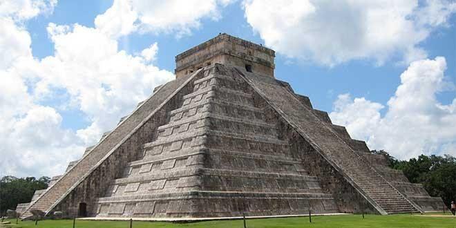 El Templo de Kukulkán, Yucatán, México.
