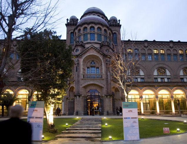 26350 - Educación Universitaria en España