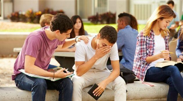Cuando algún amigo/a o compañero/a de clase se encontraba mal por algún motivo, ¿cómo lo ayudabas?