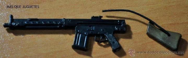 ¿Cómo se llama la parte superior (sobre el gatillo) de tu arma reglamentaria CETME?