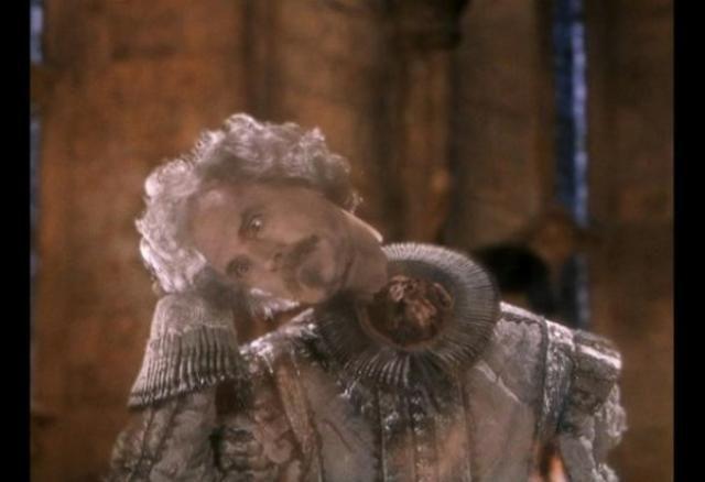 De los fantasmas de Hogwarts hay dos que se conocían en vida ¿quiénes eran?