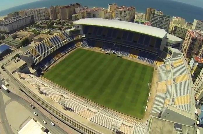 ¿Cuantas temporadas ha militado el Cádiz CF en primera división a lo largo de su historia?