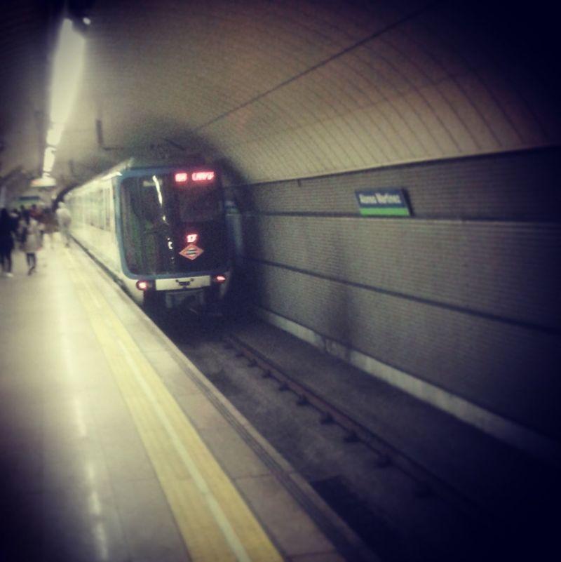 Hablemos de trenes. ¿Cómo se apodan los trenes de la serie 2000-B como los de la fotografía?