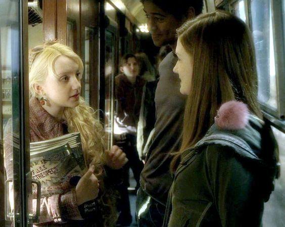 ¿Cómo se llama el micropuff (puffskein en miniatura) que Ginny Weasley compra en la tienda de sus hermanos?