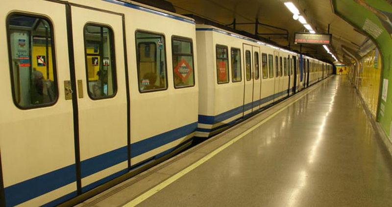 ¿En cuál de estas estaciones no efectúa parada la línea 5?