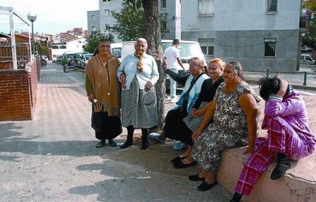 ¿Vives en alguna ciudad/pueblo y/o barrio donde viven o es frecuente ver familias, gente gitana?