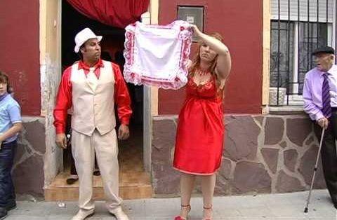 ¿Qué piensas de algunas costumbres, tradiciones gitanas como la prueba del pañuelo?