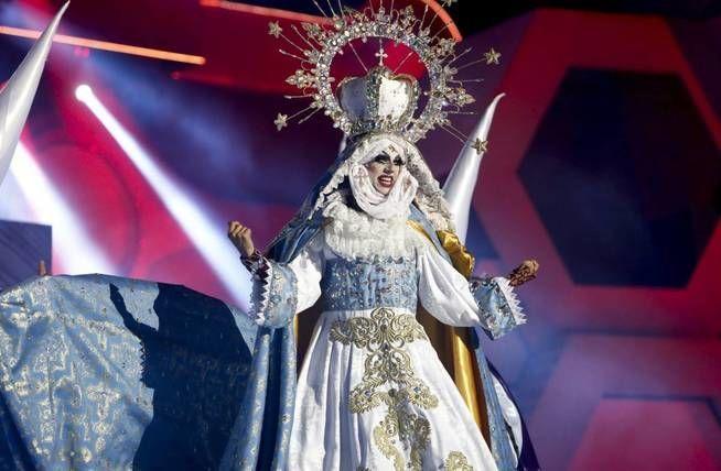 ¿Qué piensas de las críticas negativas que ha recibido Drag Sethlas en el carnaval de Gran Canarias de Drag Queen de este año?