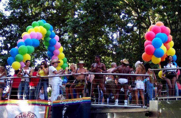 ¿Qué opinas del día del orgullo gay, la bandera del arcoiris... y otros símbolos e iconos que representan el colectivo LGTB?