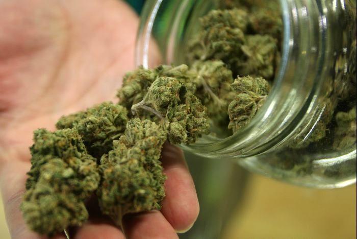 27124 - ¿Cuál es tu opinión del cannabis?