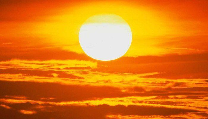 ¿Por donde se pone el Sol?