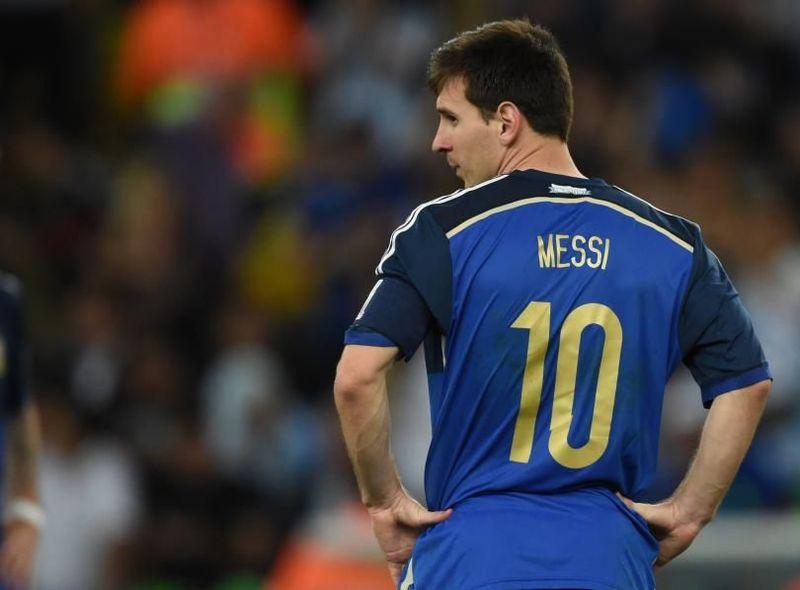 Messi ha participado en tres mundiales (2006, 2010, 2014), ¿Cuántos goles ha conseguido?