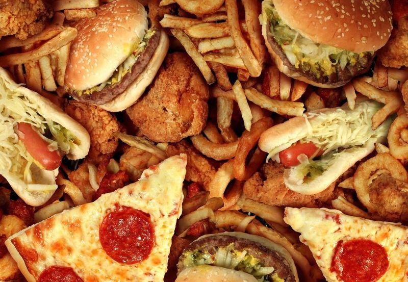 ¿Con qué frecuencia comes comida rápida? (tipo mc donald, burger king, kfc, foster hollywood.....?