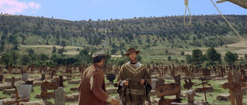 ¿Qué decía el Rubio (Clint Eastwood) en esta escena?