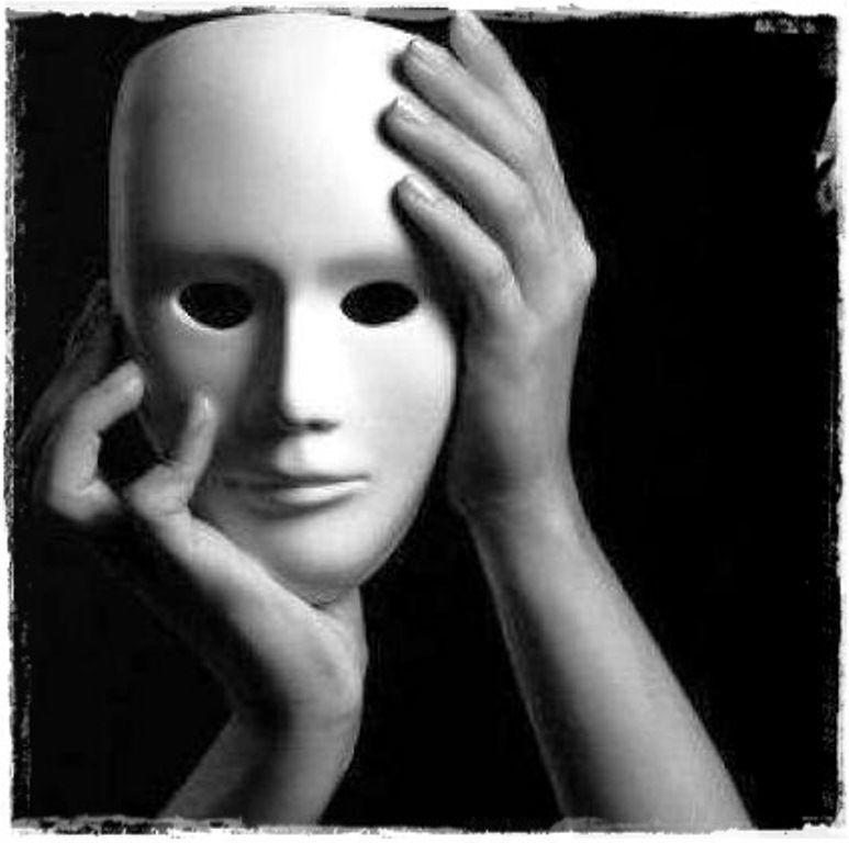 Serás capaz de manipular los sentimientos de la gente. Tú sufrirás trastorno bipolar dos días a la semana (aleatorios).