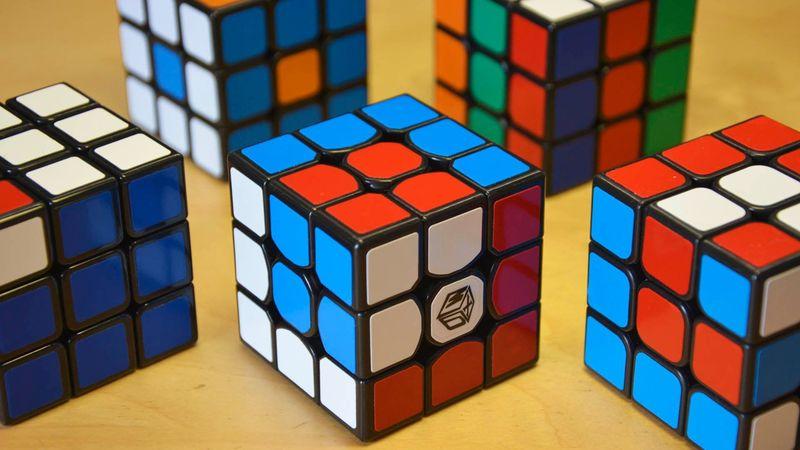 Una fácil: ¿cuántos estados tiene el 3x3?