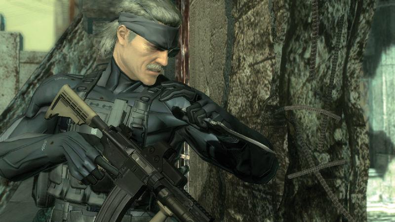 ¿Qué edad tiene Solid Snake en Metal Gear Solid 4?