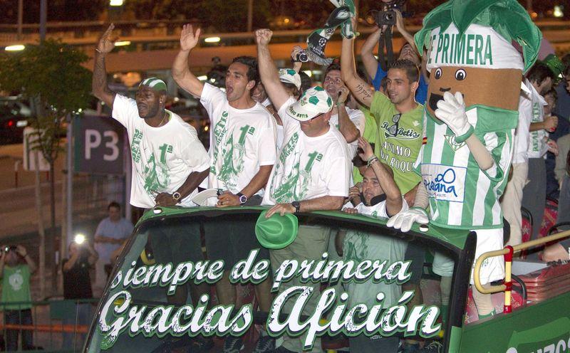 ¿Cuántas veces ha subido el Real Betis Balompie a primera división?