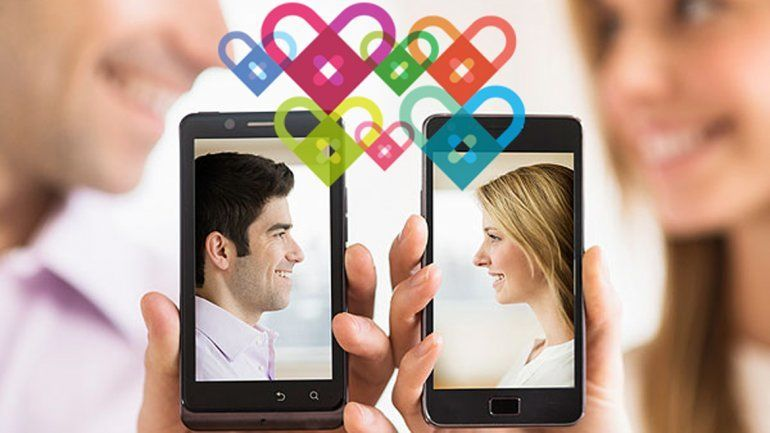 Tu pareja se descarga una aplicación de citas, pero nunca la usa.