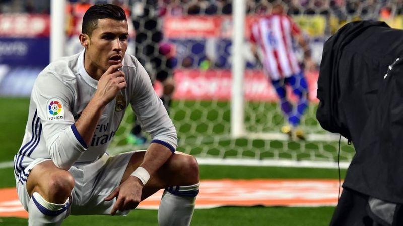 EXTRA: ¿Pondrías a Cristiano Ronaldo de Delantero Centro o le dejarías ese puesto a alguno de los que están en lista?