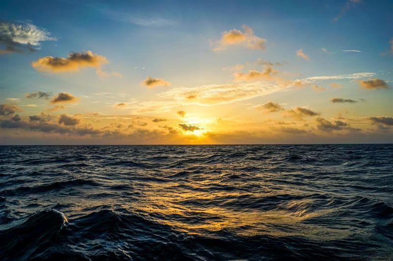 ¿A cuántos metros equivalen una milla náutica?
