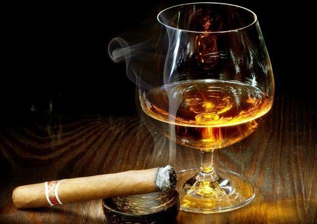 28515 - ¿Consumes alcohol o tabaco?
