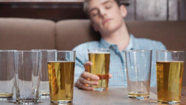 ¿Con qué frecuencia consumes alcohol?