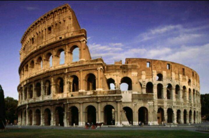 ¿Cómo se llamó inicialmente al Coliseo?