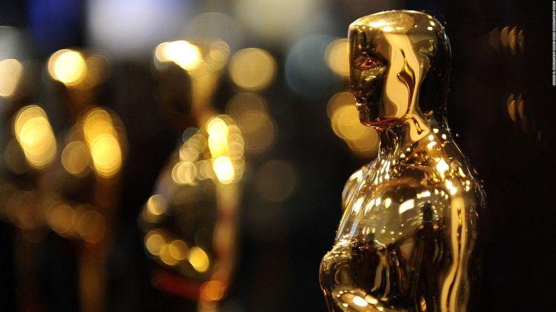 ¿Quién ha sido el único actor en ser nominado en dos categorías de actuación por la misma interpretación?