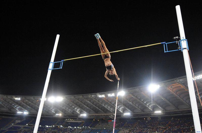 Atletismo: Salto con pértiga Femenino
