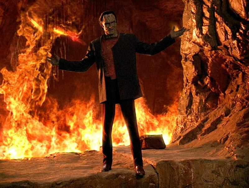 """¿Quién dijo...?: """"Dicen que el tiempo es la hoguera en la que ardemos"""""""