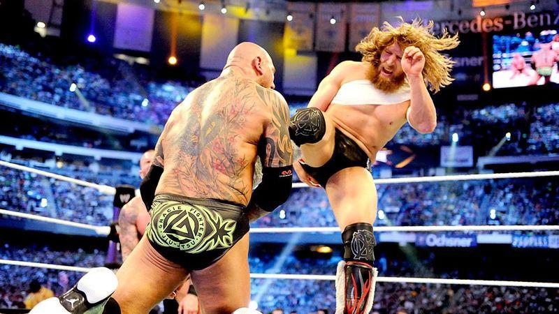 Daniel Bryan vs Randy Orton vs Batista