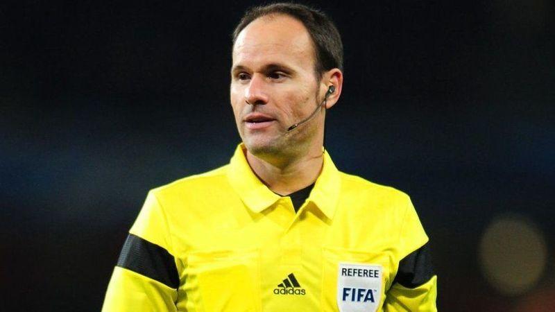 ¿Cómo se llama este conocido árbitro español?