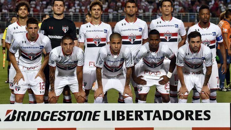 ¿Cuál de estos equipos brasileños no tiene el rojo y el negro como colores principales?