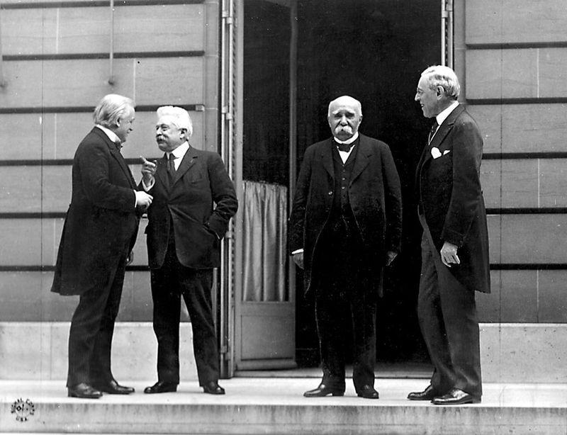 ¿Cuál de estos tratados fue firmado por Austria al finalizar la guerra?