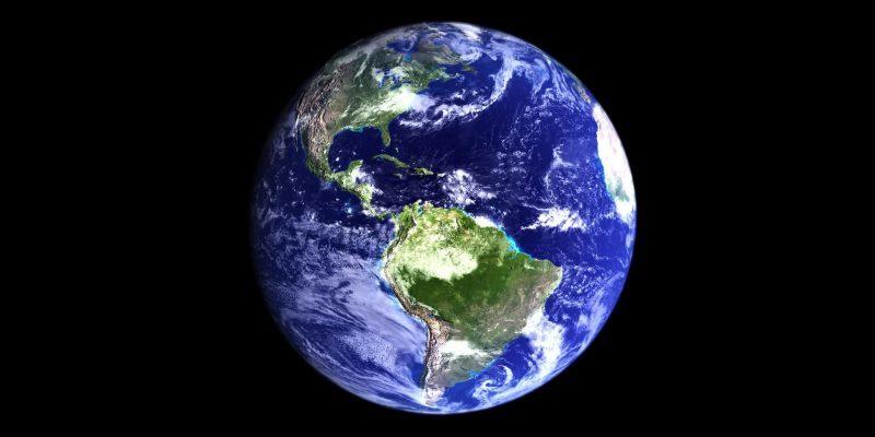 ¿Porque el planeta se llama tierra si 3/4 partes son agua?