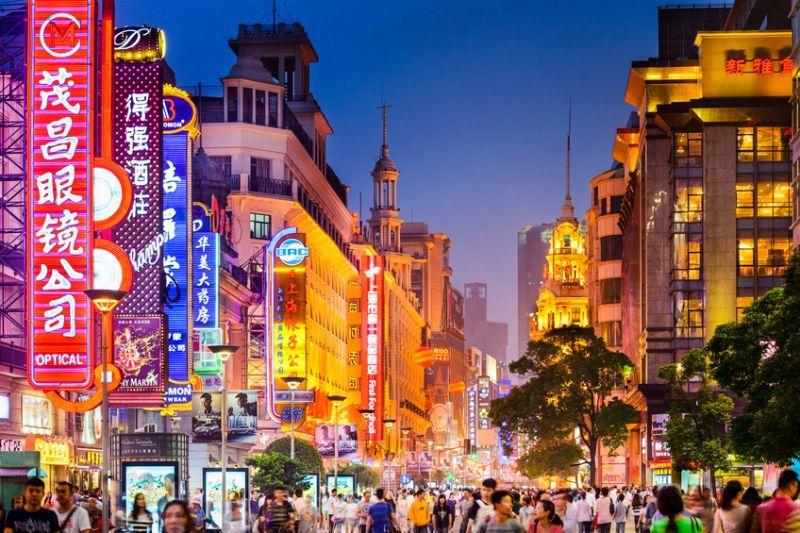 ¿Cual es la densidad de población per cápita en china?