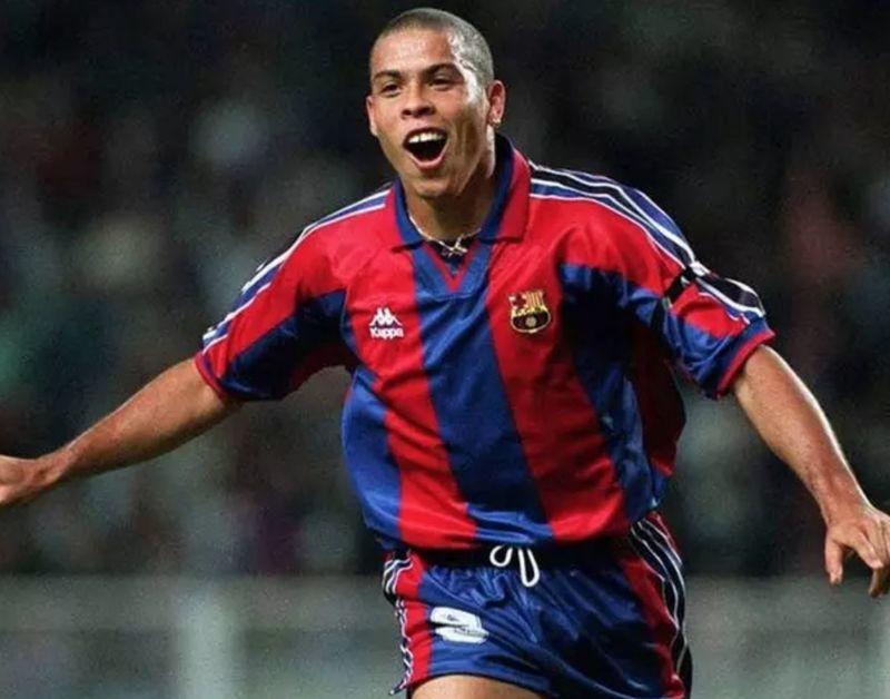El 13 de abril'97, Ronaldo marcó hat-trick en el 2-5 del Barça en el Calderón. ¿Qué dos jugadores atléticos fueron expulsados?