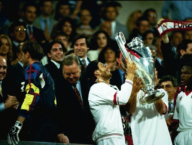 1994: AC Milan 4 Barcelona 0. ¿Que sede acogió la final?