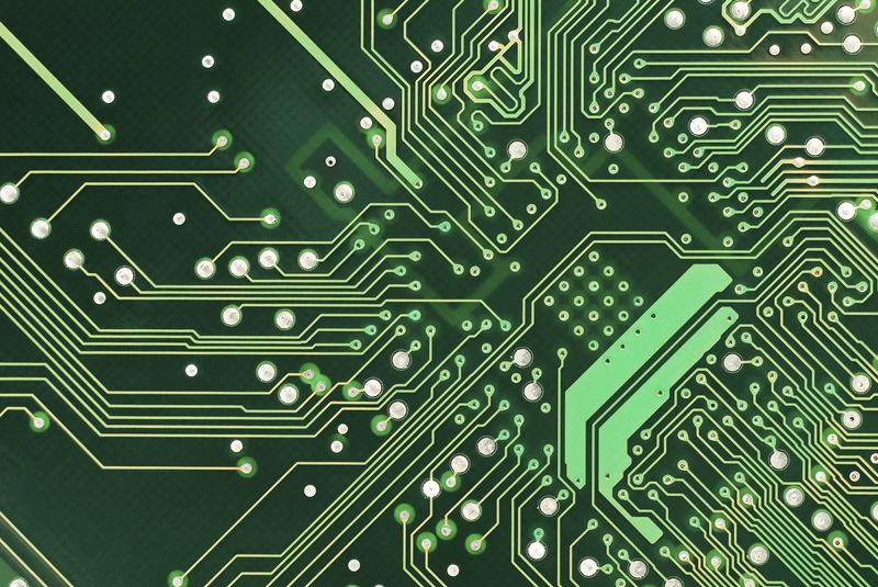 30438 - ¿Conoces el nombre de estos componentes electrónicos?