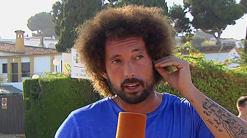 ¿Cómo se llama este habitual reportero del programa que hace retransmisiones en directo en el exterior con el plató de Sálvame?
