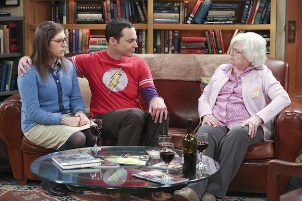¿Cómo le llama Sheldon a su abuela?