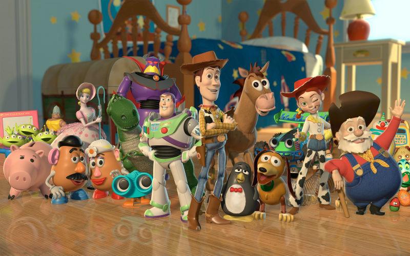 ¿Qué elemento se repite en las tres películas de Toy Story?