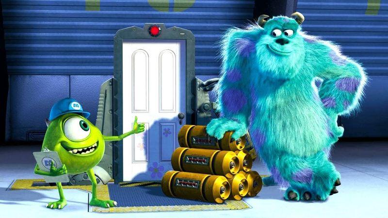 ¿A qué monstruo se encuentran Mike y Sully cuando los destierran?