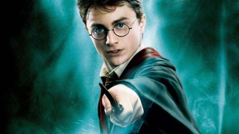 ¿De qué es el núcleo de la varita de Harry?