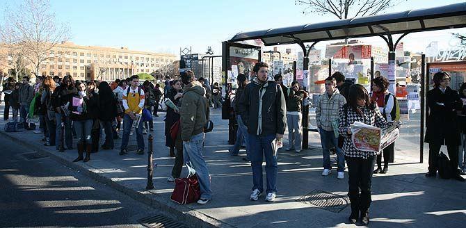 ¿Para qué usas generalmente el medio de transporte público?