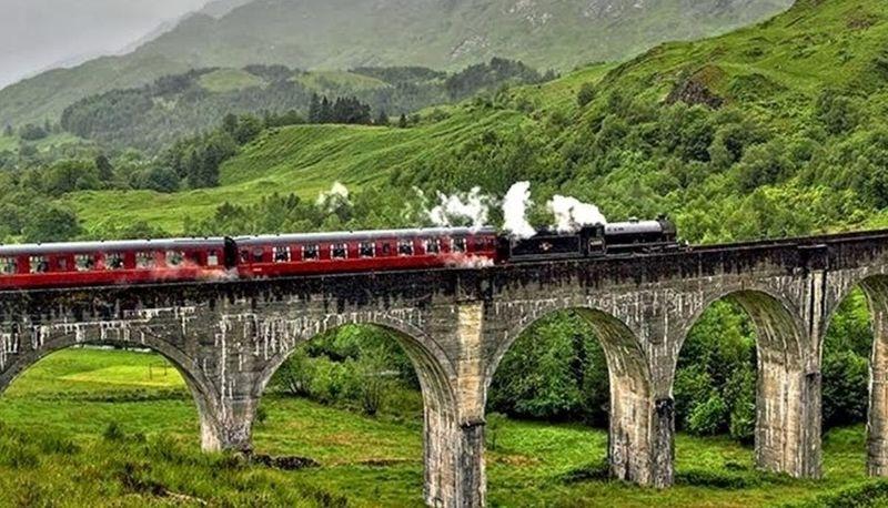¿Cómo se llamaba el tren que va a Hogwarts?