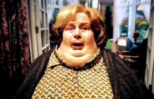 ¿Cómo se llamaba la tía de los Dursley a la que Harry infla?