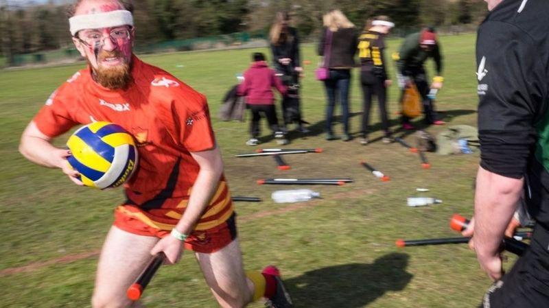 ¿Qué equipos se enfrentan en los Mundiales de Quidditch?