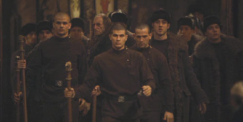 ¿Cómo llegan a Hogwarts los estudiantes de Durmstrang y Beauxbatons?